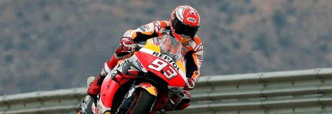 Marquez domina e vince ad Aragon. Dovizioso secondo, Rossi ottavo