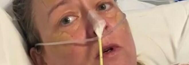 Covid, video-appello ai negazionisti della mamma ricoverata: «Qui è tutto vero, ho visto giovani morire»