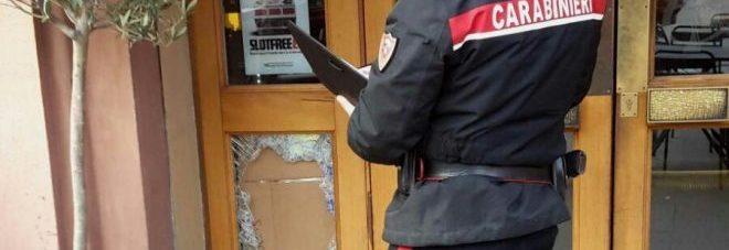 """Marocchino rompe la testa a un pensionato: """"Lo ha colpito con un bicchiere"""". Arrestato al pub"""