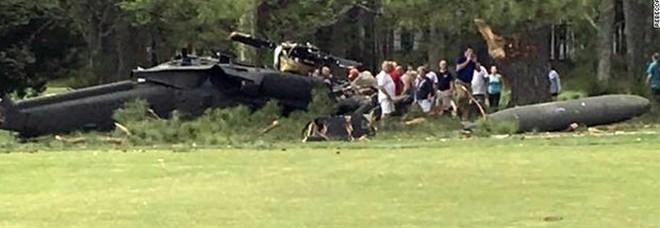 Elicottero precipita per il maltempo, almeno sei morti sull'isola