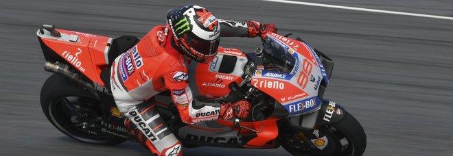 MotoGp, Lorenzo vince davanti a Marquez: terzo Dovizioso. Valentino sesto