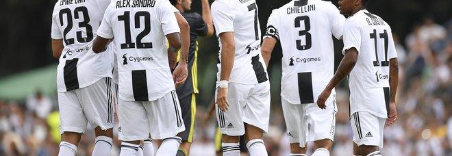 E' di Cristiano Ronaldo il primo gol nella partita di Villar Perosa. Il video da twitter