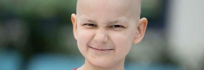 Malato terminale festeggia il Natale in anticipo, poi muore a 9 anni
