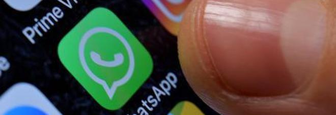 Whatsapp, allarme sicurezza: un virus  potrebbe impossessarsi del vostro telefono