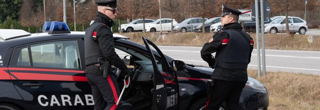 Scappa di casa a 15 anni, ritrovata dai carabinieri in stazione