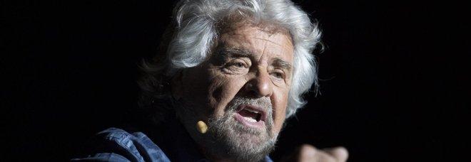 Beppe Grillo: «C'è poltronofilia. Ministri competenti fuori dalla politica». E telefona a Di Maio