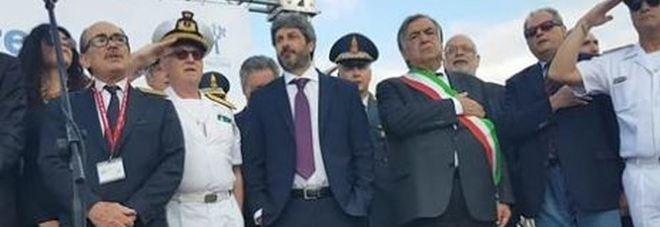 Fico con le mani in tasca a Palermo durante l'inno Pioggia di critiche