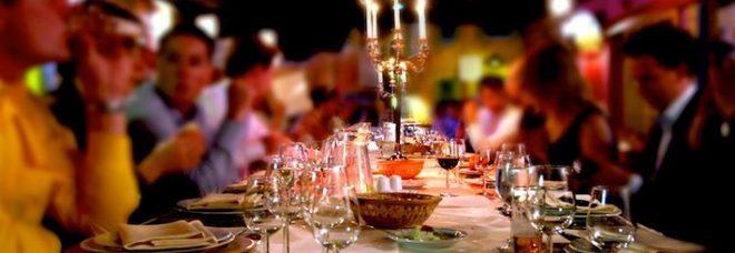 Ordina una cena per 50 persone, rom scappa senza pagare il conto da 2.200 euro