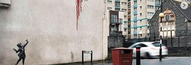 Banksy, nuova opera per San Valentino: ecco dove si trova. Ed è già virale FOTO