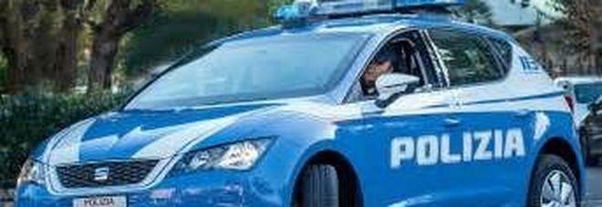 Quindici braccianti trasportati «come bestie» sul furgone, arrestato il caporale