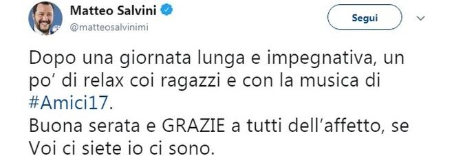 Matteo Salvini guarda la finale di Amici 17: «Un po' di relax, se voi ci siete io ci sono»