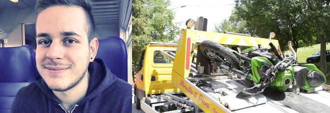 Daniele Prevedello e quel che resta della sua moto dopo lo schianto