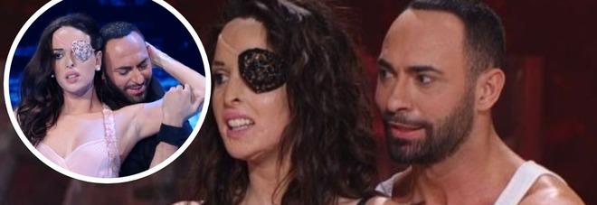 Ballando, Gessica Notaro reagisce alla nuova lettera degli avvocati dell'ex. Il fratello: «Non la zittirete