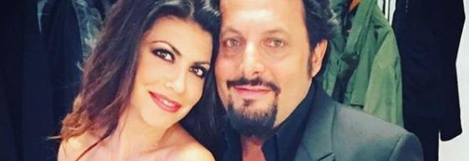 Enrico Brignano, la moglie Flora Canto in ospedale: «È stata un'estate di flebo e digiuni». Fan in ansia