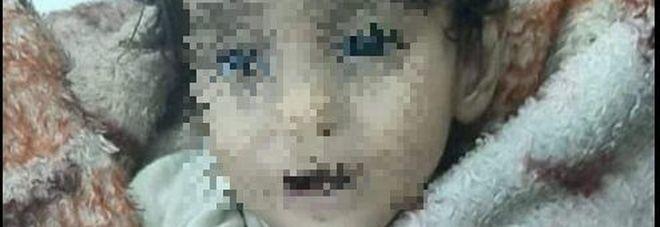 Siria, bimba di un anno e mezzo muore assiderata fra le braccia del papà
