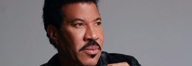 """Lionel Richie sarà premiato come """"Capri Person of the Year 2019"""""""