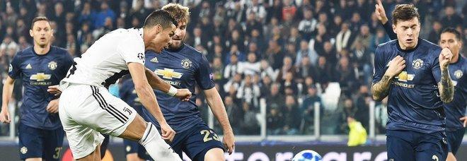 Juventus-Man United 1-2: non basta CR7, l'autogol di Alex Sandro punisce i bianconeri