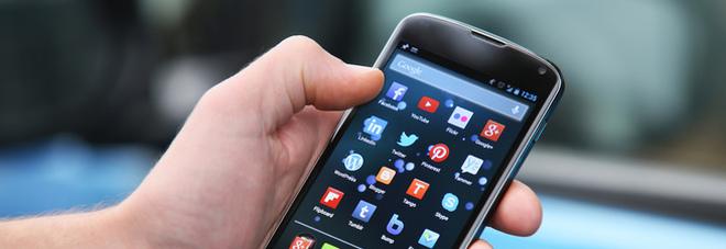 """Falle nei microchip, la start-up riCompro: """"In Italia oltre 30milioni i cellulari a rischio sicurezza per l'Internet Banking. Ecco come scoprirlo..."""""""