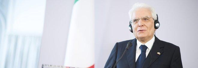 Sea Watch, Mattarella: ora abbassare toni, Ue affronti insieme nodo migranti