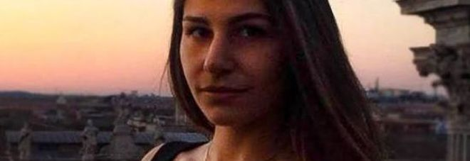 Monterotondo, figlia di 19 anni accoltella e uccide il padre dopo una lite. «L'uomo era violento». Il pm valuta la legittima difesa