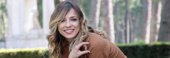 """Myriam Catania dopo il parto: """"Terrorizzata sul set per i chili presi in gravidanza"""""""