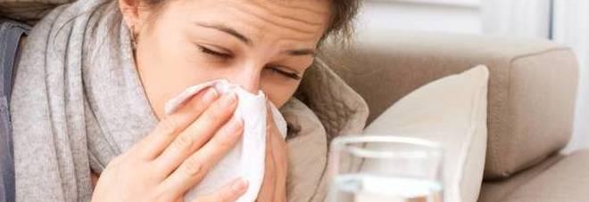 Influenza, 500 mila italiani colpiti da virus gastrointestinali: ecco la cura