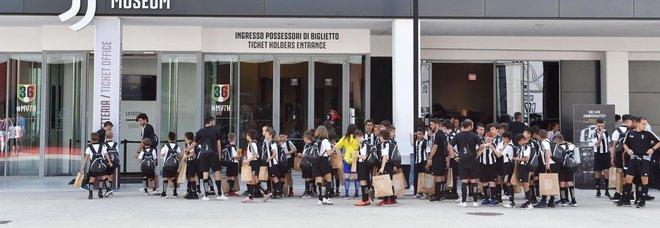 Ronaldo, Uilm: «Lo sciopero di Pomigliano? Un'eco sproporzionata». E gli operai chiedono incontro con Cristiano