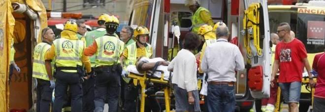 Crolla cantiere Hotel Ritz, morto e 11 feriti a Madrid
