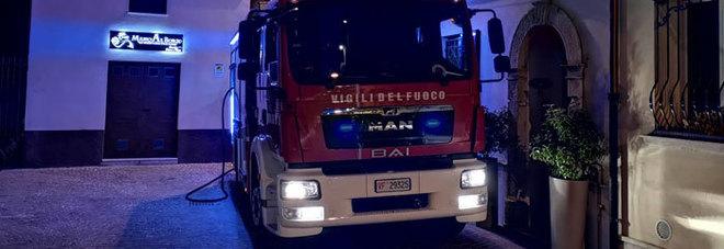 San Benedetto, cortocircuito scatena un incendio: devastato il ristorante