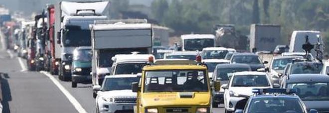 Traffico, weekend da bollino nero e rosso. Sabato la giornata peggiore