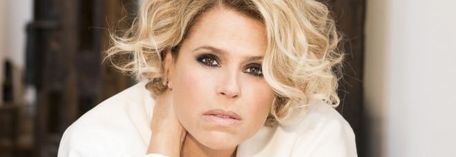 Tosca in gara a Sanremo: «Polemiche su sessismo e Junior Cally? Pensiamo a tette e culi in tv ogni giorno»