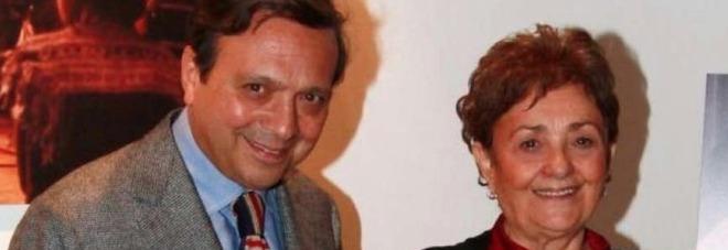 Piero Chiambretti pubblica il necrologio della mamma morta: e la poesia è da brividi