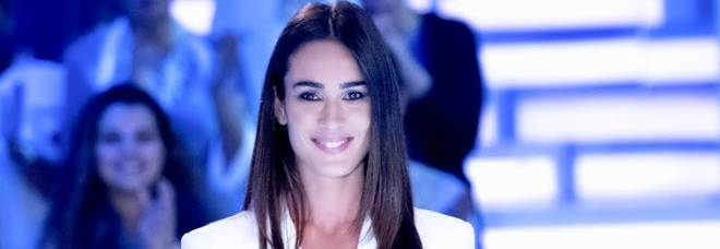 Sabato torna Verissimo. Tra gli ospiti della prima puntata: Antonella Clerici, Giulia De Lellis e Ilary Blasi