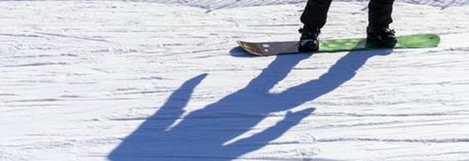 Snowboarder cade fuoripista e muore sopra Courmayeur