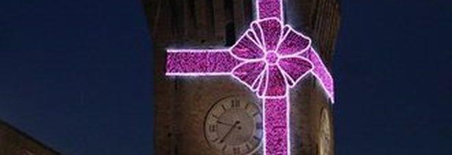 """Think Pink a Porto Recanati, dove la notte diventa anche """"più rosa"""""""