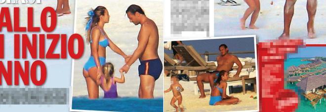 Francesco Totti e Ilary Blasi, relax in famiglia sulle spiagge delle Maldive