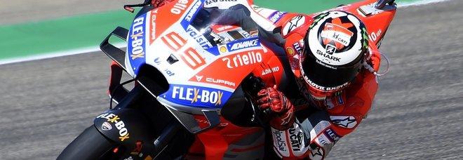 Jorge Lorenzo con la sua Ducati ad aragon