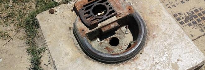 San Benedetto, fontana rubata: il ladro sigilla i tubi per non far uscire l'acqua