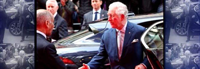 Coronavirus, contagiato il principe Carlo: è il primo reale britannico positivo