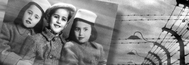 Nella foto le sorelle Bucci con Sergio De Simone
