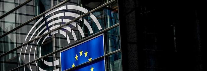Minuto di silenzio al Parlamento Ue per vittime attentato Strasburgo