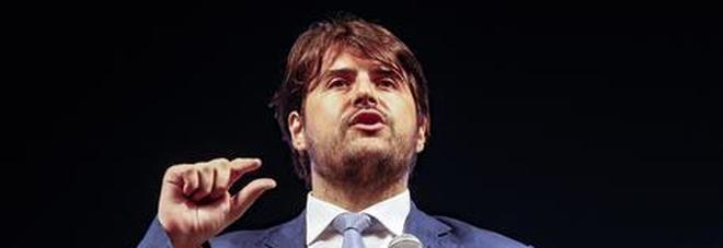 Il sottosegretario Buffagni, fedelissimo di Di Maio, l'unico 5 Stelle a Cernobbio