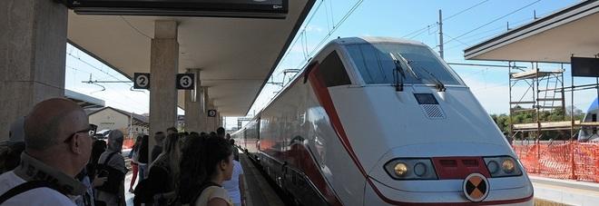 Cancellati due treni per Milano e continua l'odissea su quelli per Roma