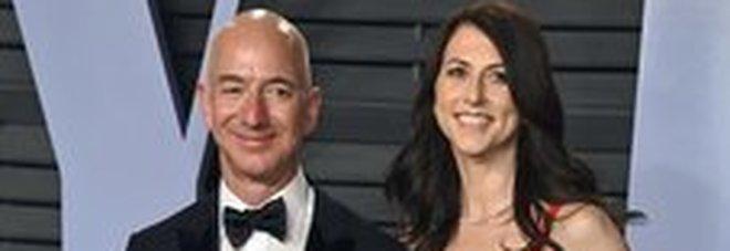 «Bezos ha un'amante», scoop del tabloid vicino a Trump