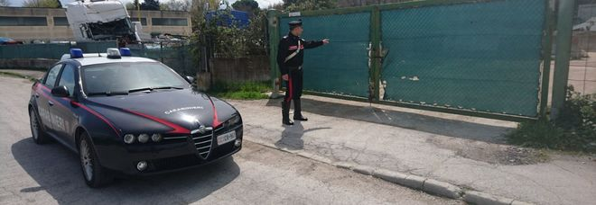 Uomo di 59 anni saluta la moglie e poi scompare L'auto ritrovata sulla darsena