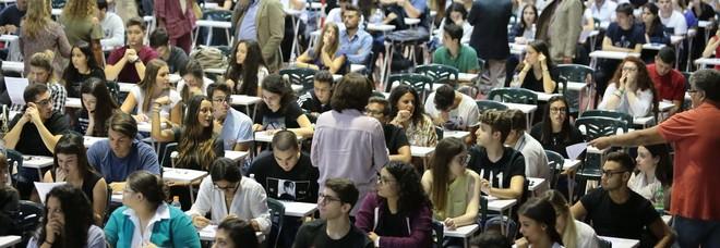Test di Medicina oggi per quasi 70mila studenti italiani: solo uno su sei ce la fa