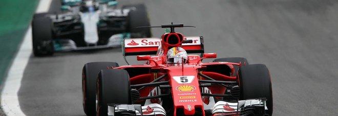 Sebastian Vettel precede Valtteri Bottas