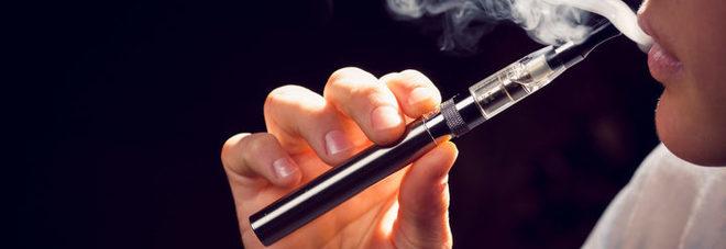 Sigarette elettroniche, rischio dipendenza per i giovani che ne fanno uso