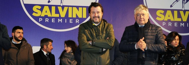 Viterbo, l'affondo di Matteo Salvini: «Dovete eleggere un sindaco della Lega»