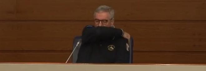 Borrelli malato, «ha sintomi febbrili»: annullata la conferenza stampa delle 18